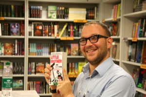 Cory Doctorow and Little Brother (photo by me)